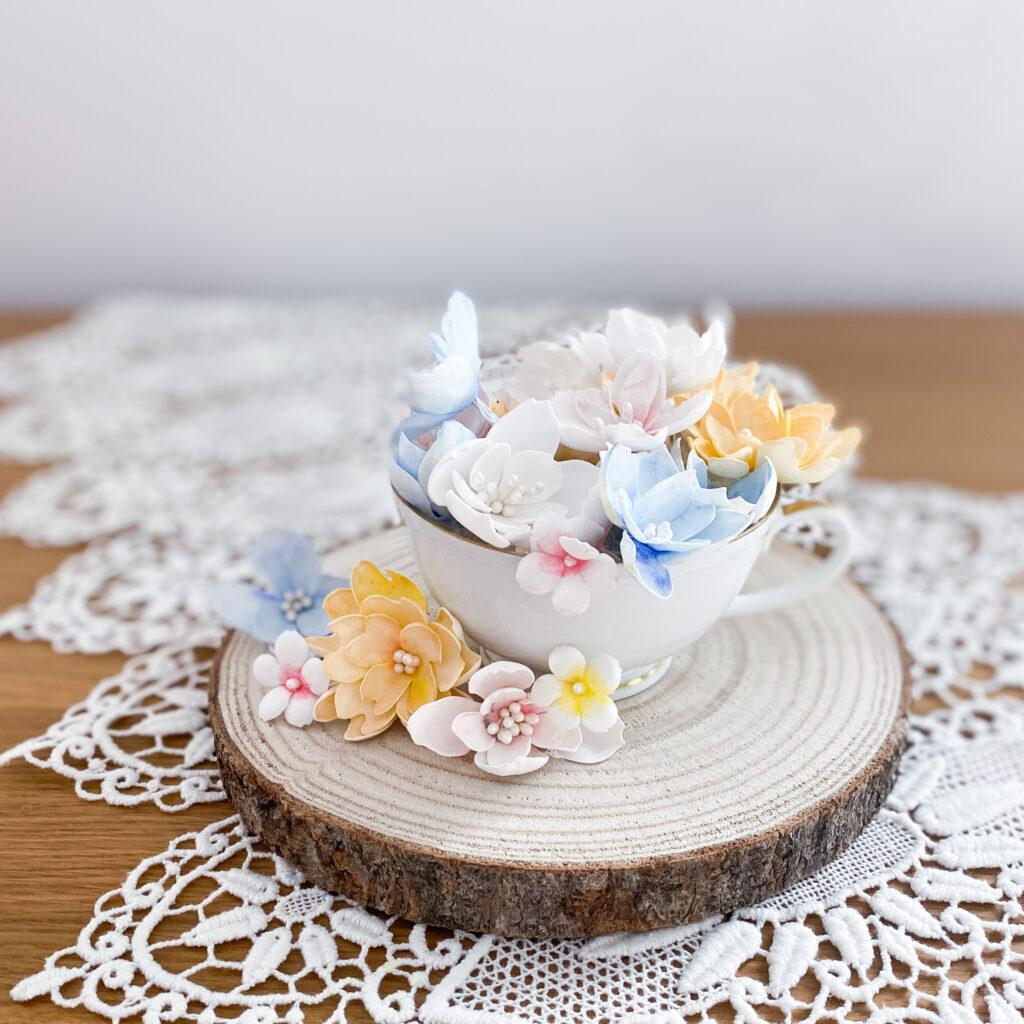 Ręcznie wykonane kwiaty z foamiranu